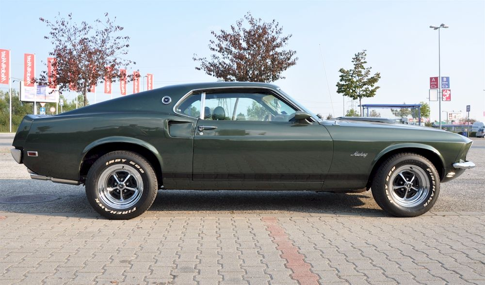 Black Jade Green 1969 Mustang Fastback I Like This Color