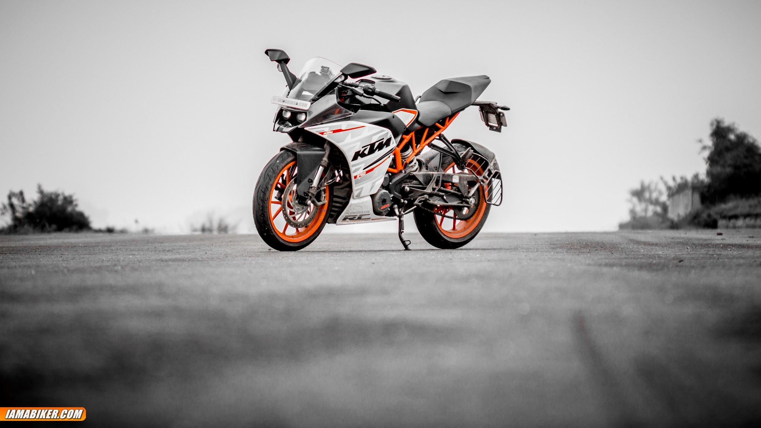 KTM RC390 High Resolution Wallpapers For Download
