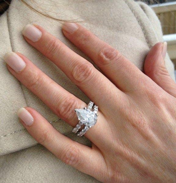 Pin By Emily Diaz On Bling Status Pinterest Pears The O Jays Wedding Ring Engagement Set Vs What S Difference
