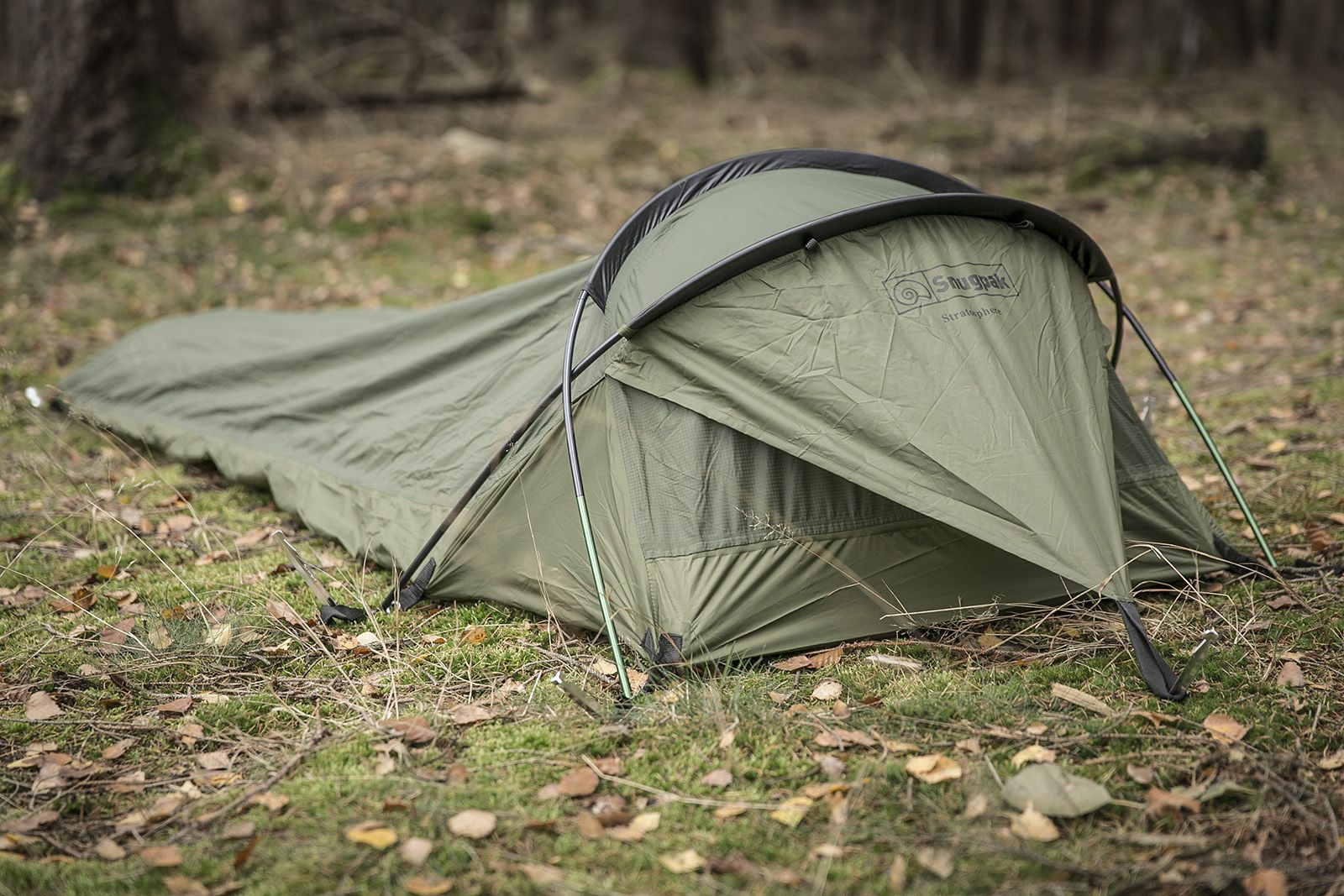 The Stratosphere from Snugpak is a one-man bivvy shelter though calling it a & The Stratosphere from Snugpak is a one-man bivvy shelter though ...