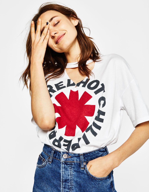 e6a625d842673 Camiseta cuello choker - Camisetas - Bershka España