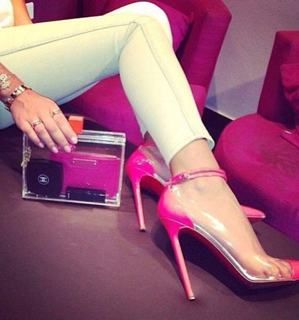 Pinky LB's