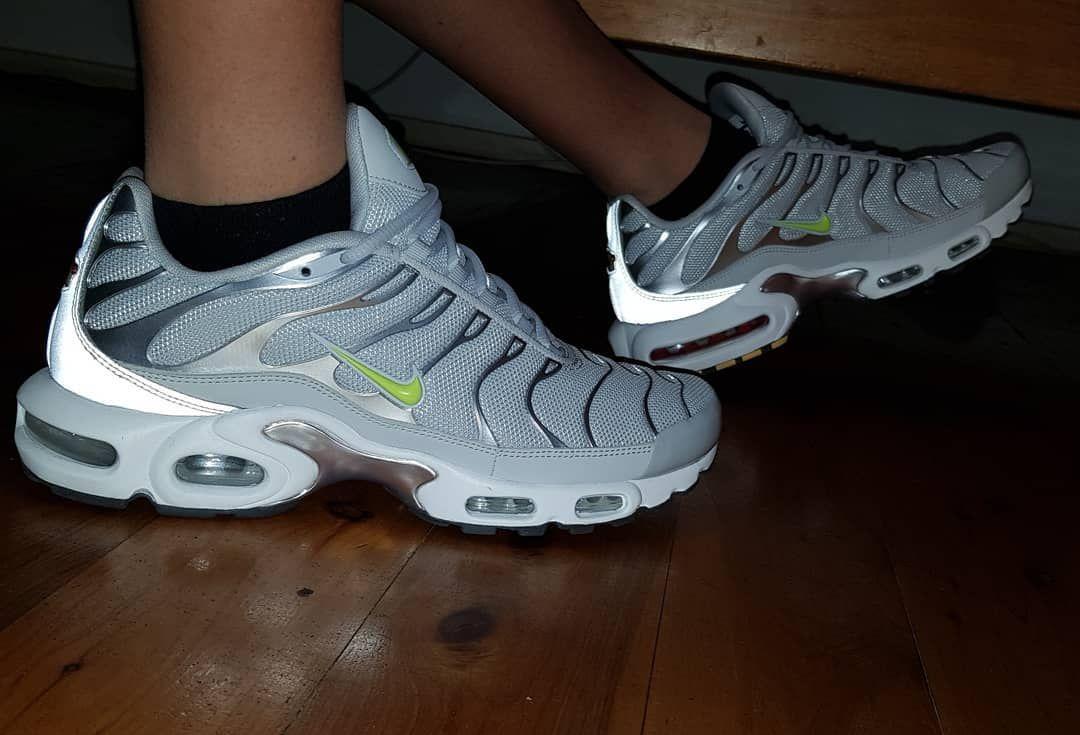 grey and white tns