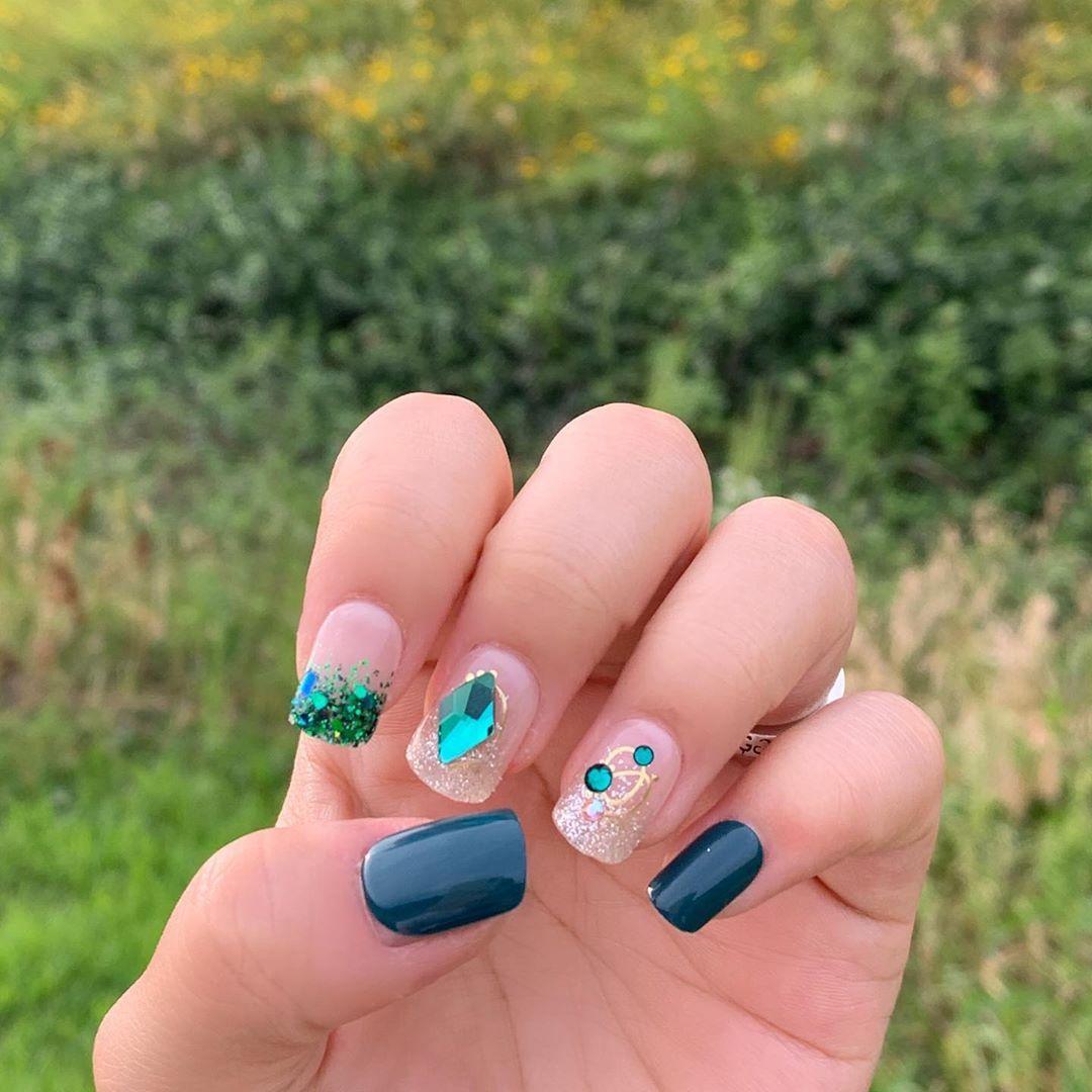 #manicure #naildesign #EFilemanicure #nails #gelpolish #nailsoftheday #nailtech