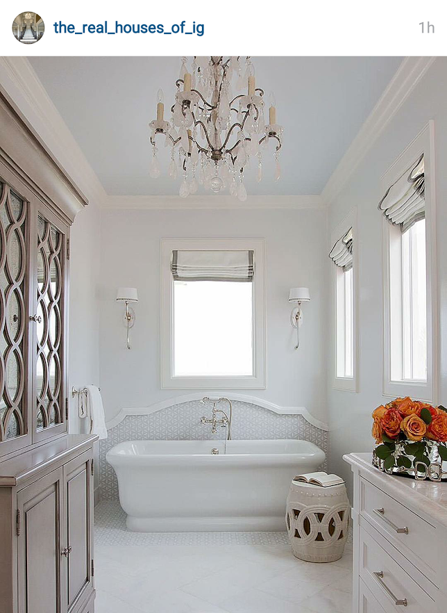 roman shade above the bathtub? | IG screenshots DECOR | Pinterest ...