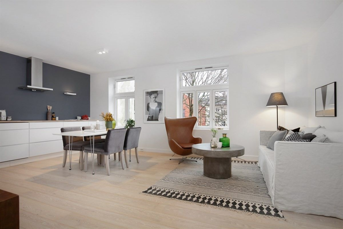 FINN – MAJORSTUEN - Gjennomgående 3(4)-roms med balkong, walk-in closet og høy standard. Nyoppusset. Sentral og rolig beliggenhet.