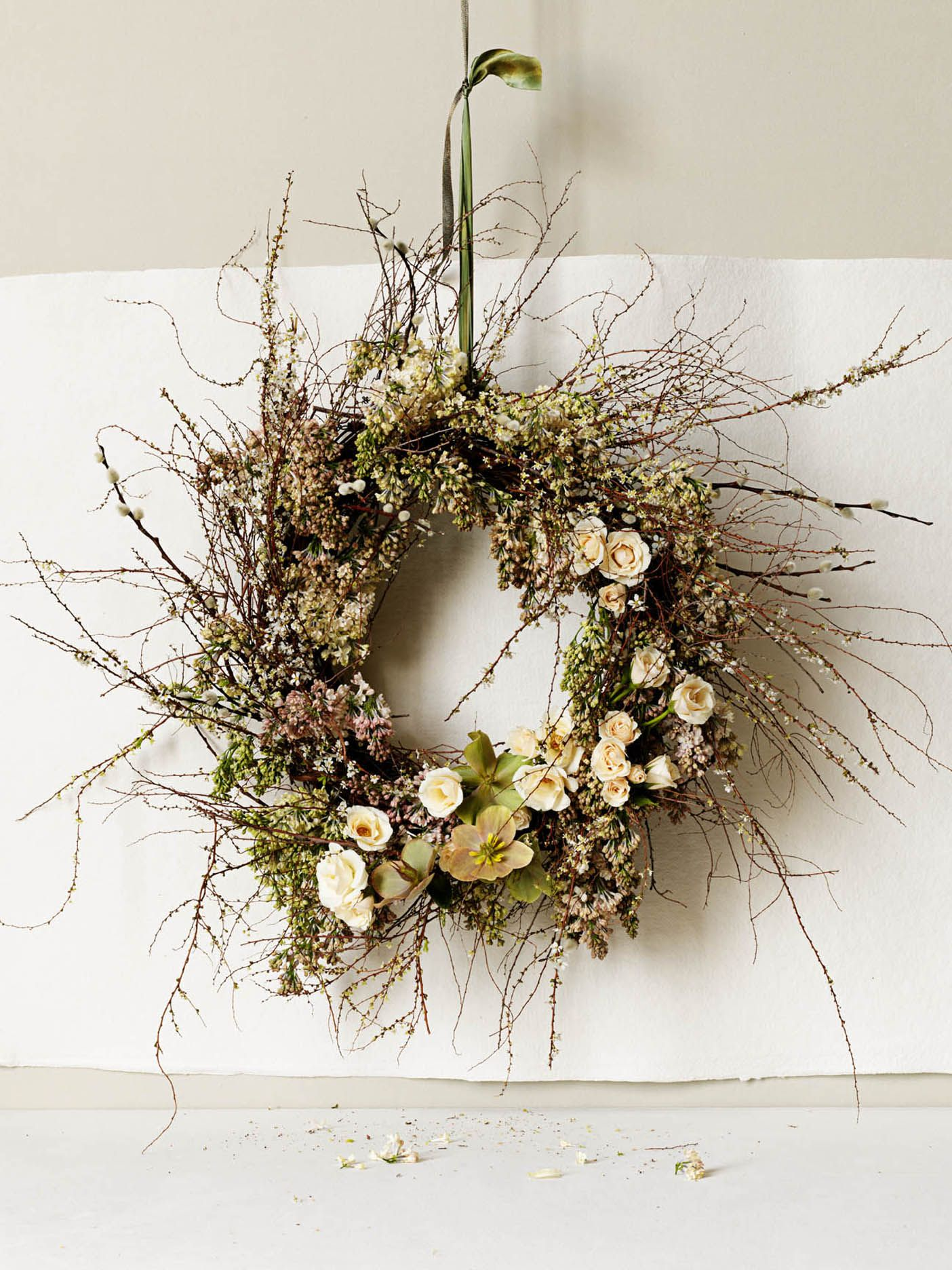Fragrant Flowers for Your Wedding Bouquet   Wedding wreaths ...