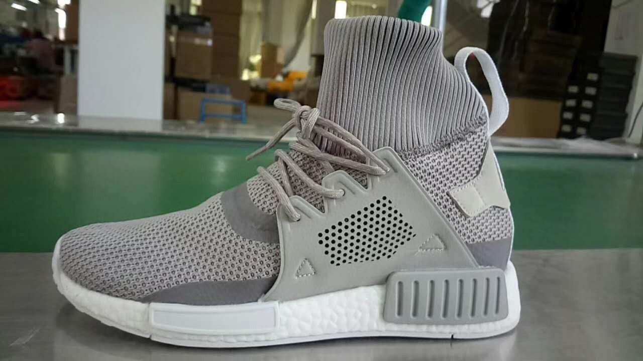 Grau sneakers adidas NMD XR1 Winter Triple Grey 85