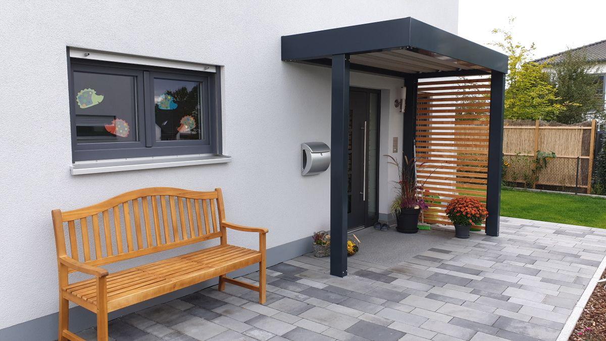Vordach Hauseingangsuberdachung Im Carport Stil Brandl Eingang Uberdachung Hausturvordach Vordach Hauseingang