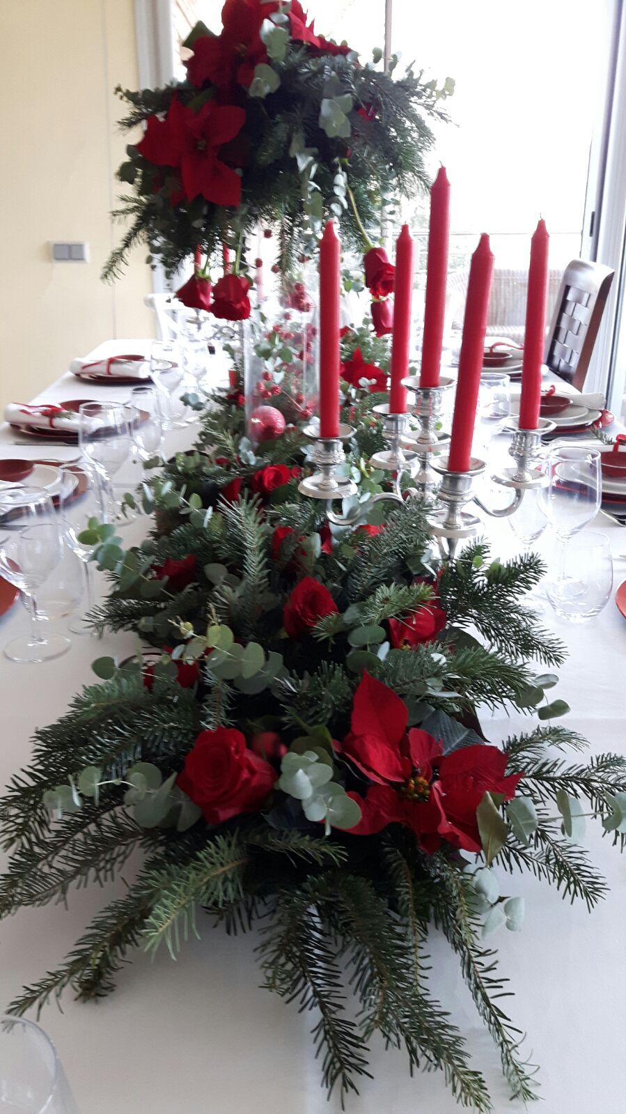 Mesa de Navidad en rojo.  Beatiful table