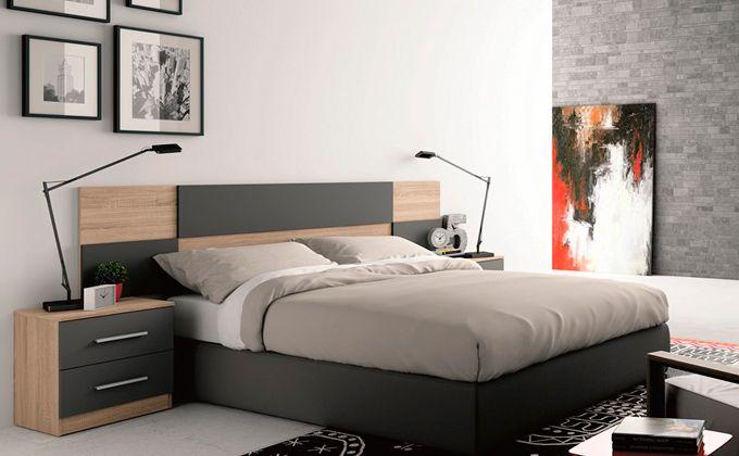 Dormitorio matrimonio con cabezal moderno y mesitas for Mesitas dormitorio matrimonio