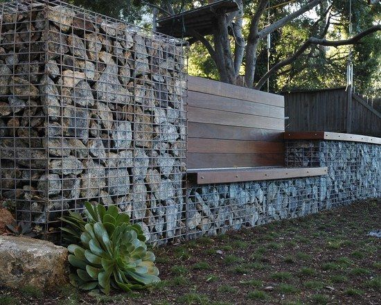 construire un mur de sout nement 84 id es jardin pratiques mur en gabion bancs en bois et bancs. Black Bedroom Furniture Sets. Home Design Ideas