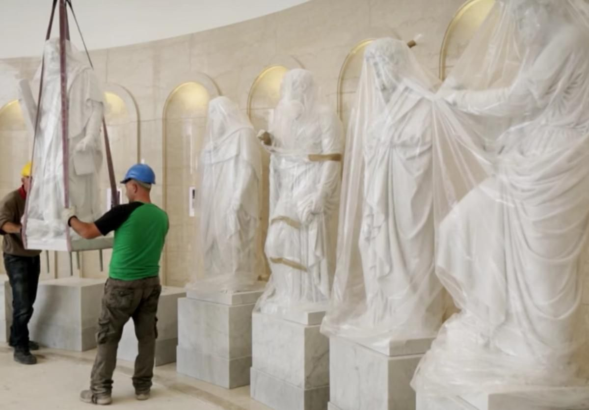 The Story Behind The Statues In The Rome Italy Temple Visitors Center Lds Temples Temple Pictures Mormon Temples