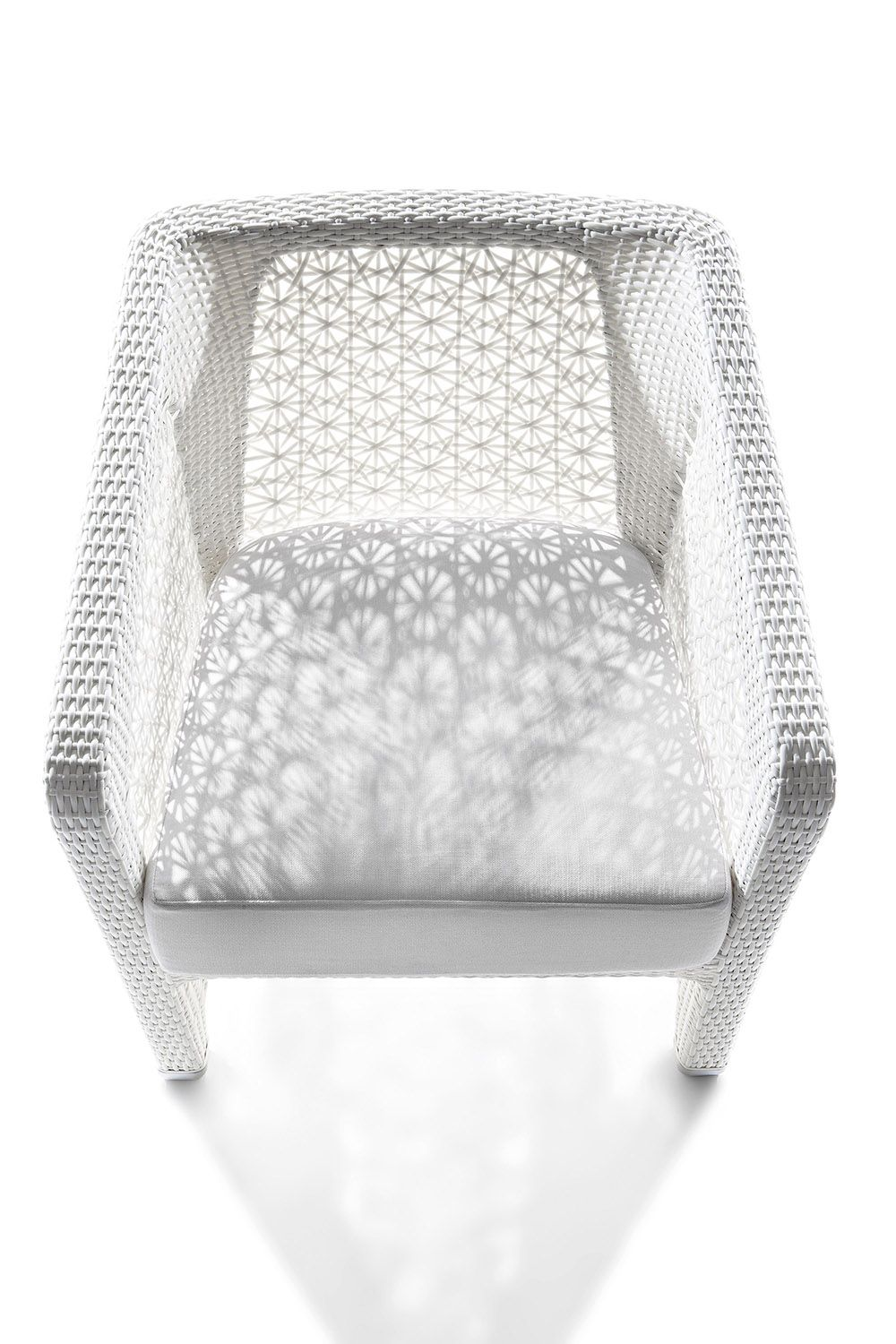 Hand Woven Chair With Aluminum Frame Covered With Pvc Fiber With Floral Pattern Ideal For De Outdoor Furniture Design Rattan Garden Furniture Outdoor Armchair