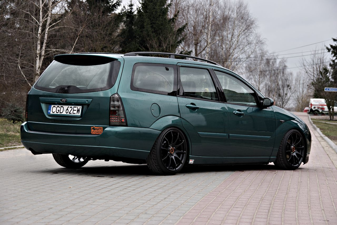 Green Ford Focus Mk1 Celis Hella Headlamps Big Amazing Rims