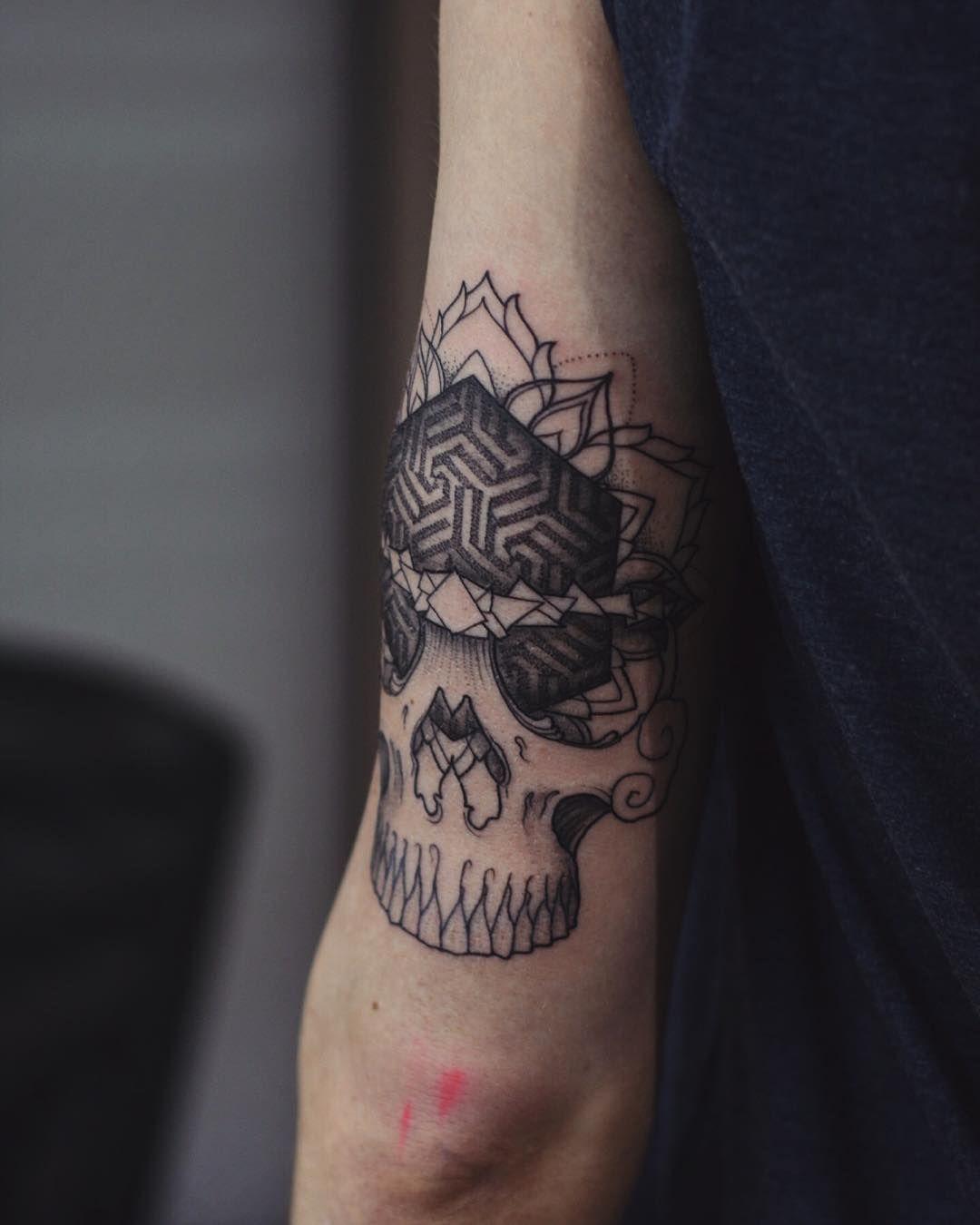 Evgenykopanov tattoo evgenykopanov linework ink taot
