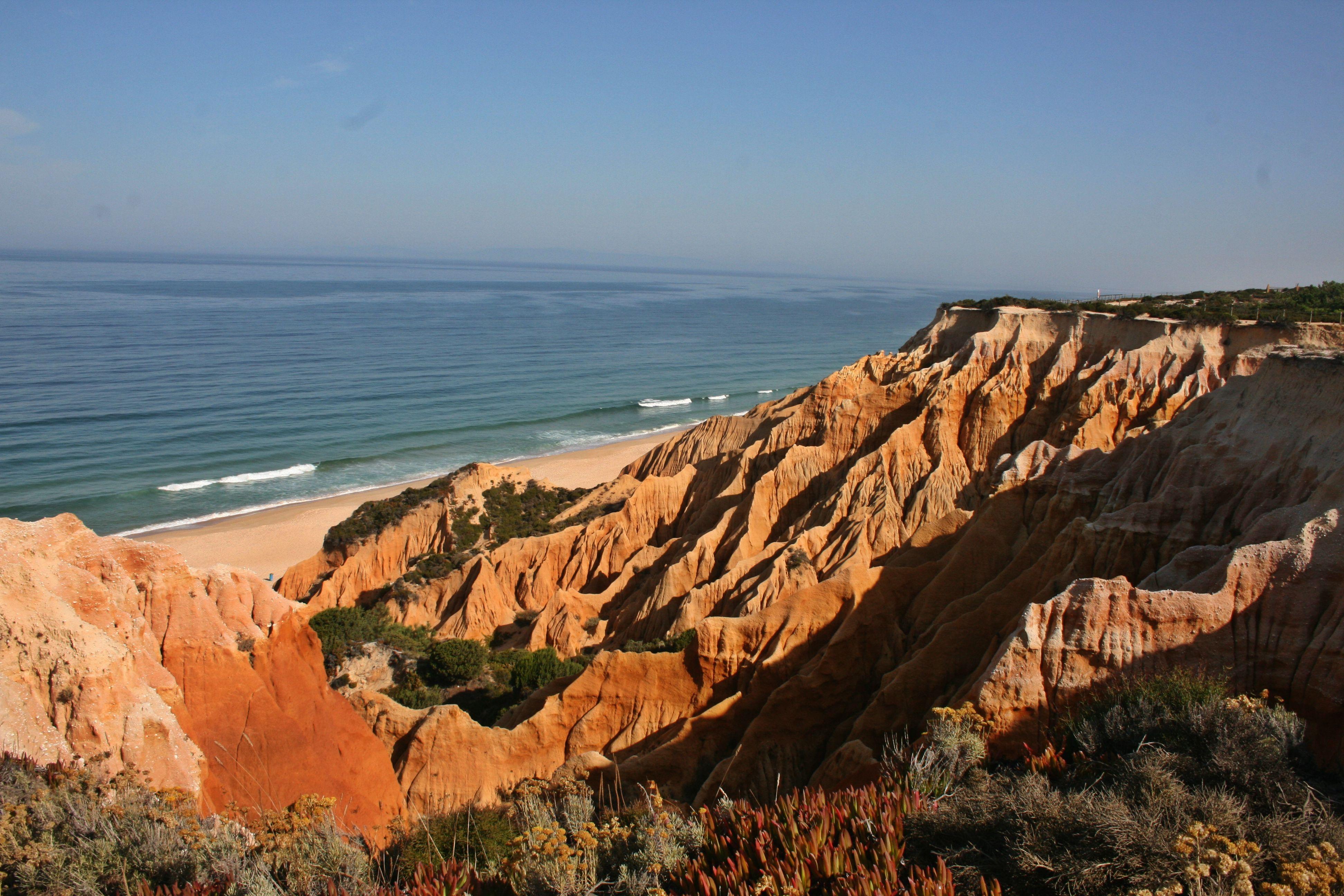 Praia-fontainhas-alentejo-costa-melides-grandola