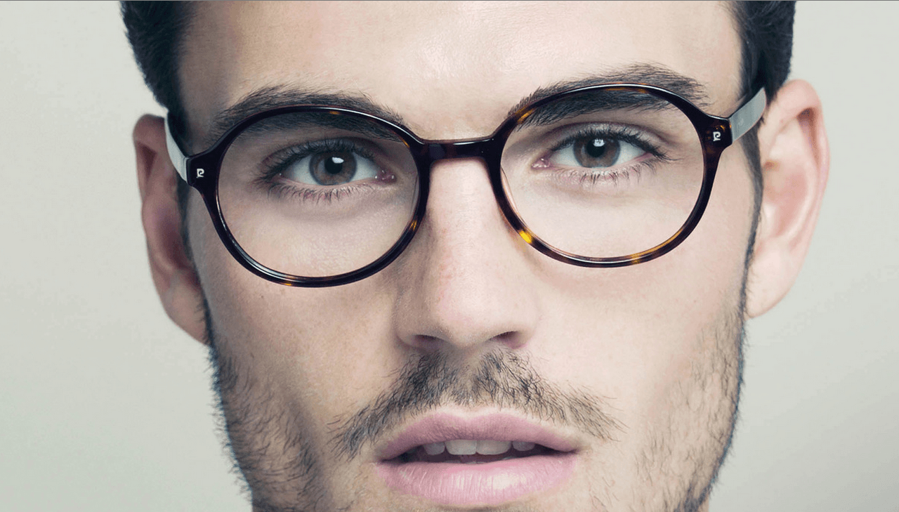 How to Pick the Right Pair of Glasses for Your Face Shape