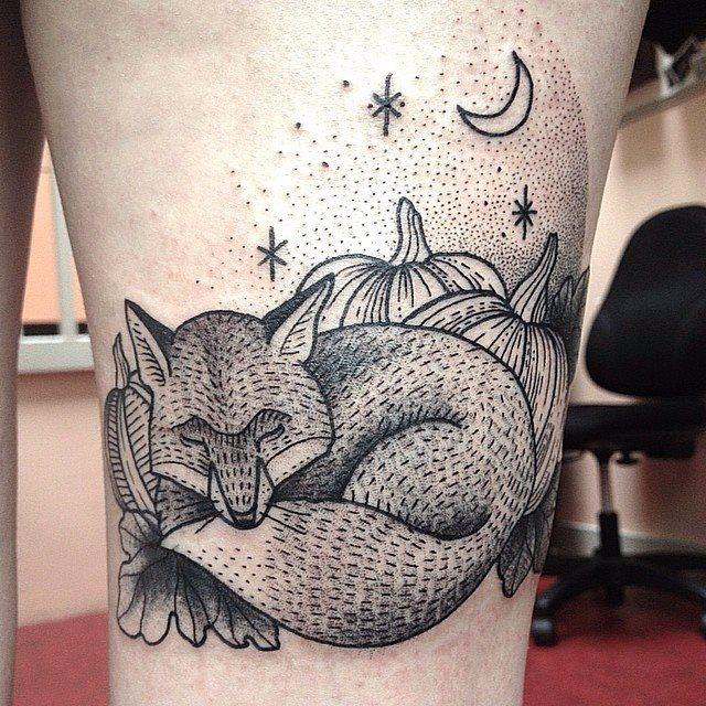 os-tatuadores-do-salon-serpent-tattoo-parlour_susi3