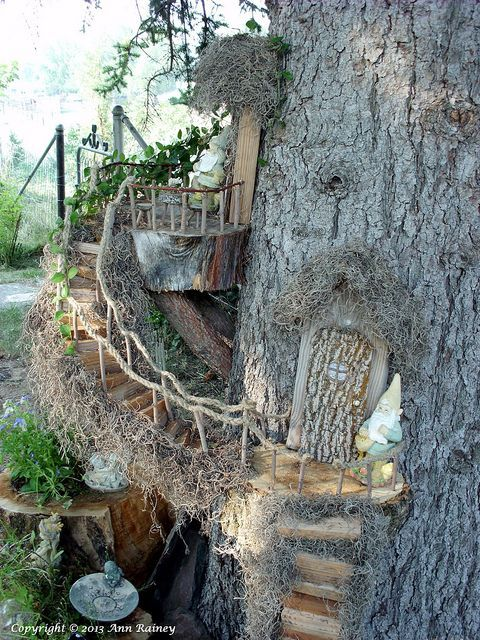 Beautiful example of a bridge for traversing from one palace room to  another.LOVE this one - Fairy Gardens