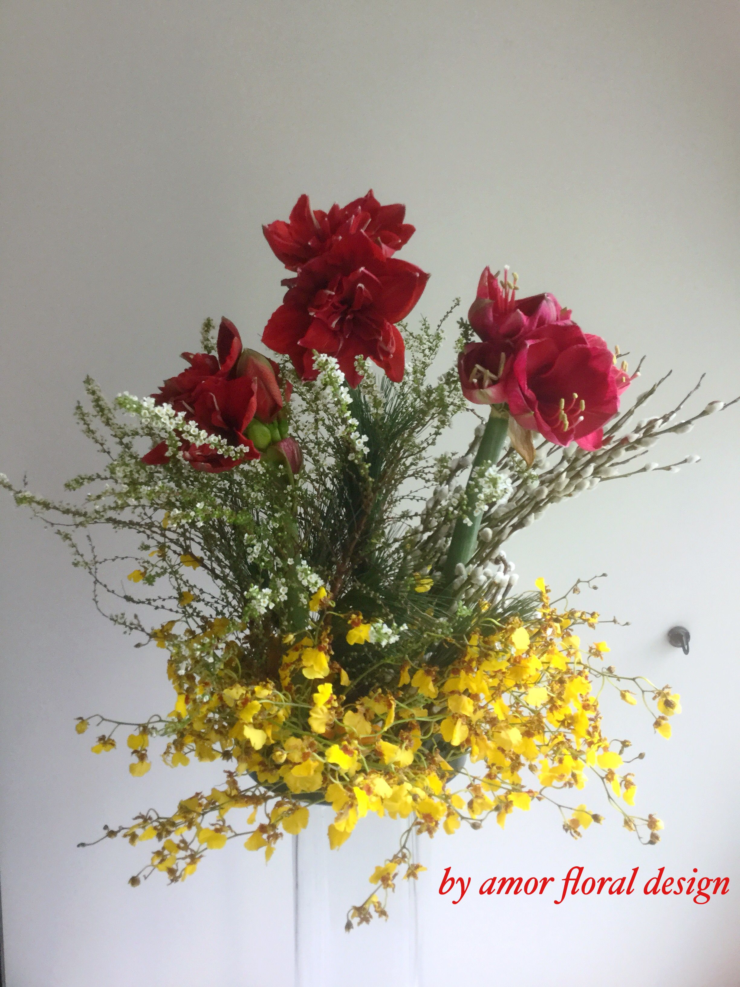 Flower Arrangement For Chinese Bees New Year By Amor Table