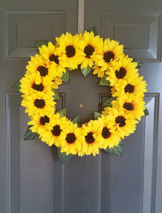 Photo of Items similar to Summer Sunflower Wreath on Etsy  This beautiful wreath of Yello…