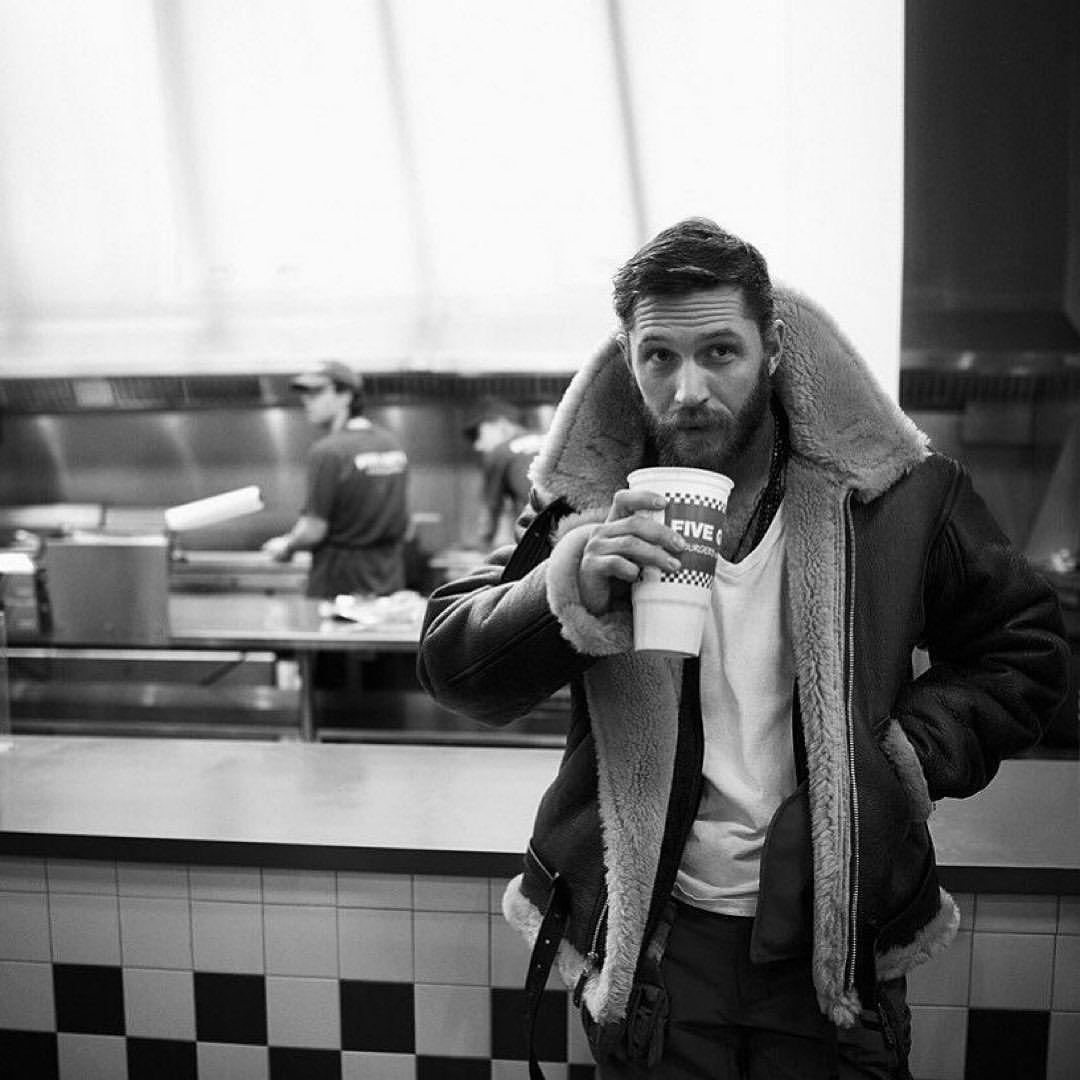 C I N E M A D E L A R T E Op Instagram Tom Hardy Gregwilliamsphotography Tom Hardy Greg Williams Hardy [ 1080 x 1080 Pixel ]