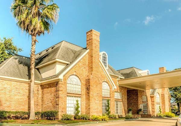 Five Bargain Apartment Rentals on Craigslist Houston ...