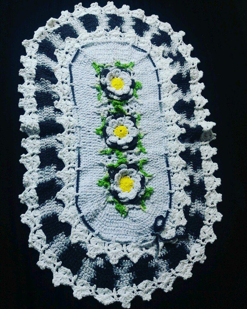 Veja nosso novo produto Tapete flor Oval! Se gostar, pode nos ajudar pinando-o em algum de seus painéis :)