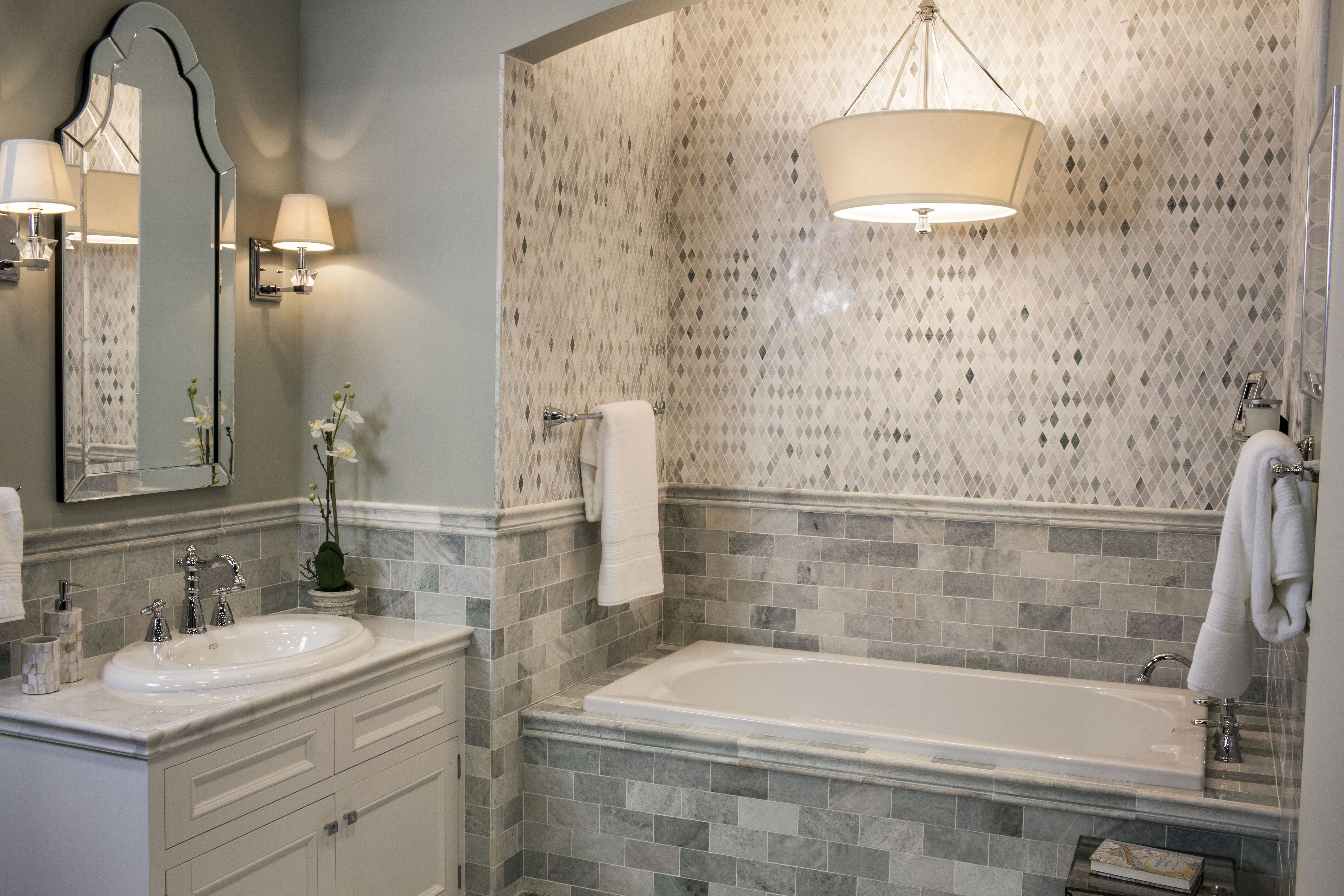 The luxurious Biltmore Marble tile bathroom The