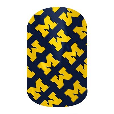 Wolverine Nail Designs U Of Michigan Nail Art College