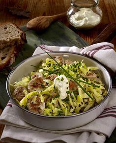 Spitzkohl-Bratwurst-Pfanne Rezept | LECKER