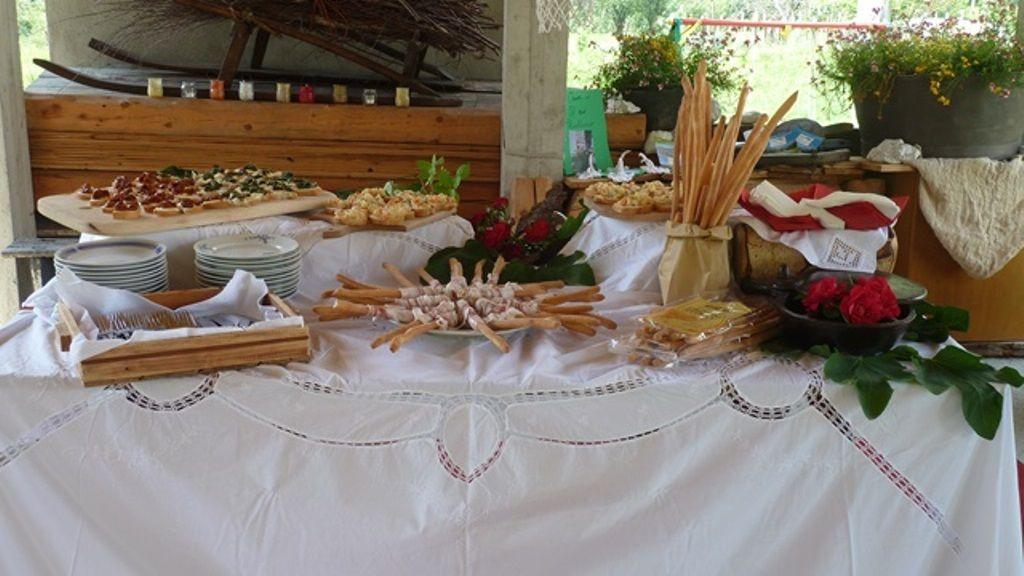 Tavolo Buffet ~ Tavolo buffet all aperto creazioni buffet e tavolo