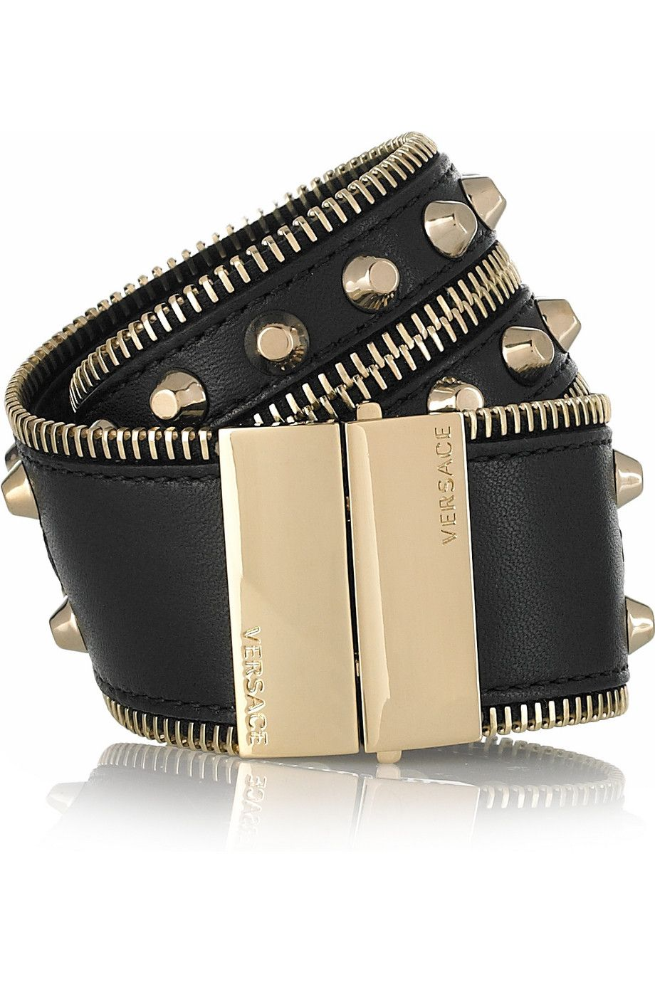 I has the pleasure of wearing this bracelet  along with 20,000 dollars worth of Versace clothes while I was in Vegas, AMAZING!!!!