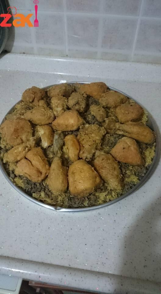 كبسة سعودية على أصولها وبالتفصيل لا تفوتكم زاكي Dog Food Recipes Main Dishes Food