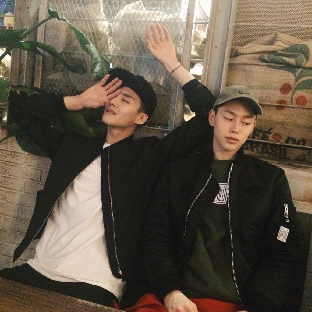 Pinterest : fernweh95 #ulzzangboy #ulzzang #korea #korean #boys #asian #friends #friendship