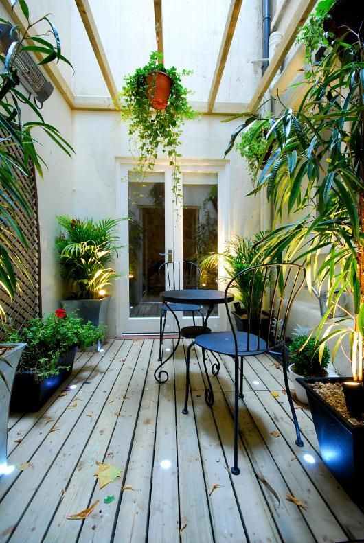 Decked Conservatory Basement Flat London Sw5 Cutler And