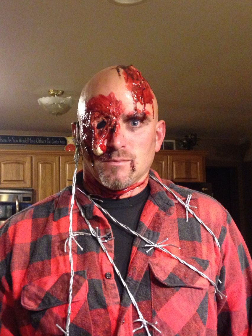 Barbed wire fence bloody face | Halloween | Pinterest | Wire ...