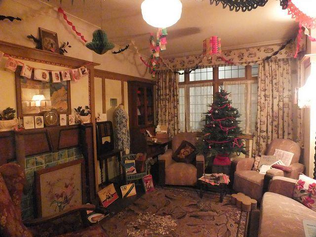 Christmas!!! :) 1940s House