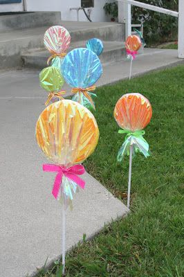 since my daughters candy party back in march ive had lots of questions about the giant lollipops i made as decorations for the front walkway