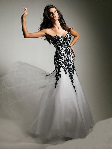 Unusual Mermaid Sweetheart Long White Tulle Black Lace Evening ...