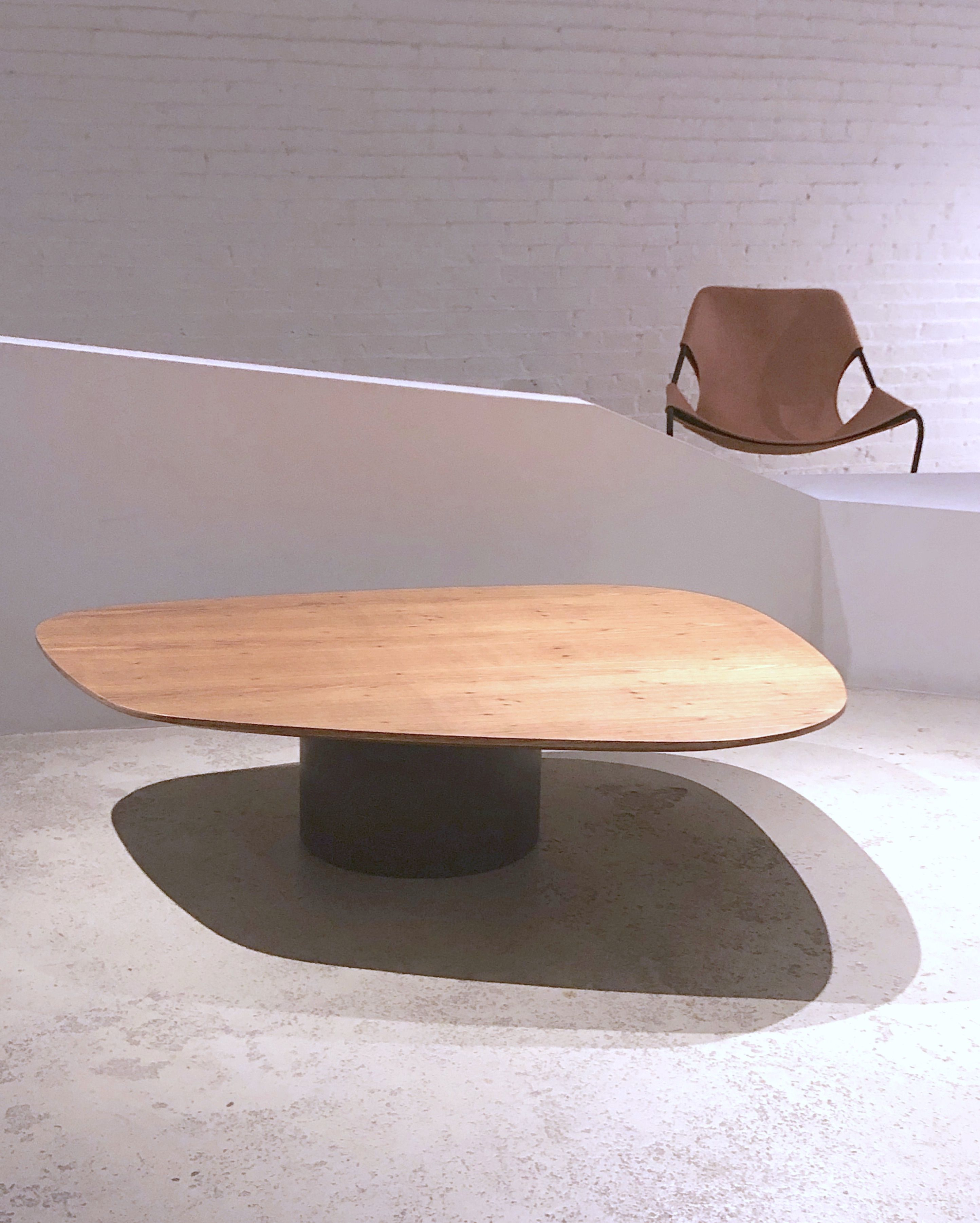 Amorfa Coffee Table By Arthur Casas Available At Espasso Contemporary And Midcentury Modern Brazilian Design Table Coffee Table Midcentury Modern [ 3603 x 2887 Pixel ]