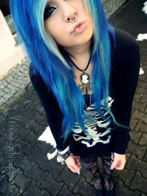 Verena Schizophrenia Blue White Dyed Hair Pretty Emo