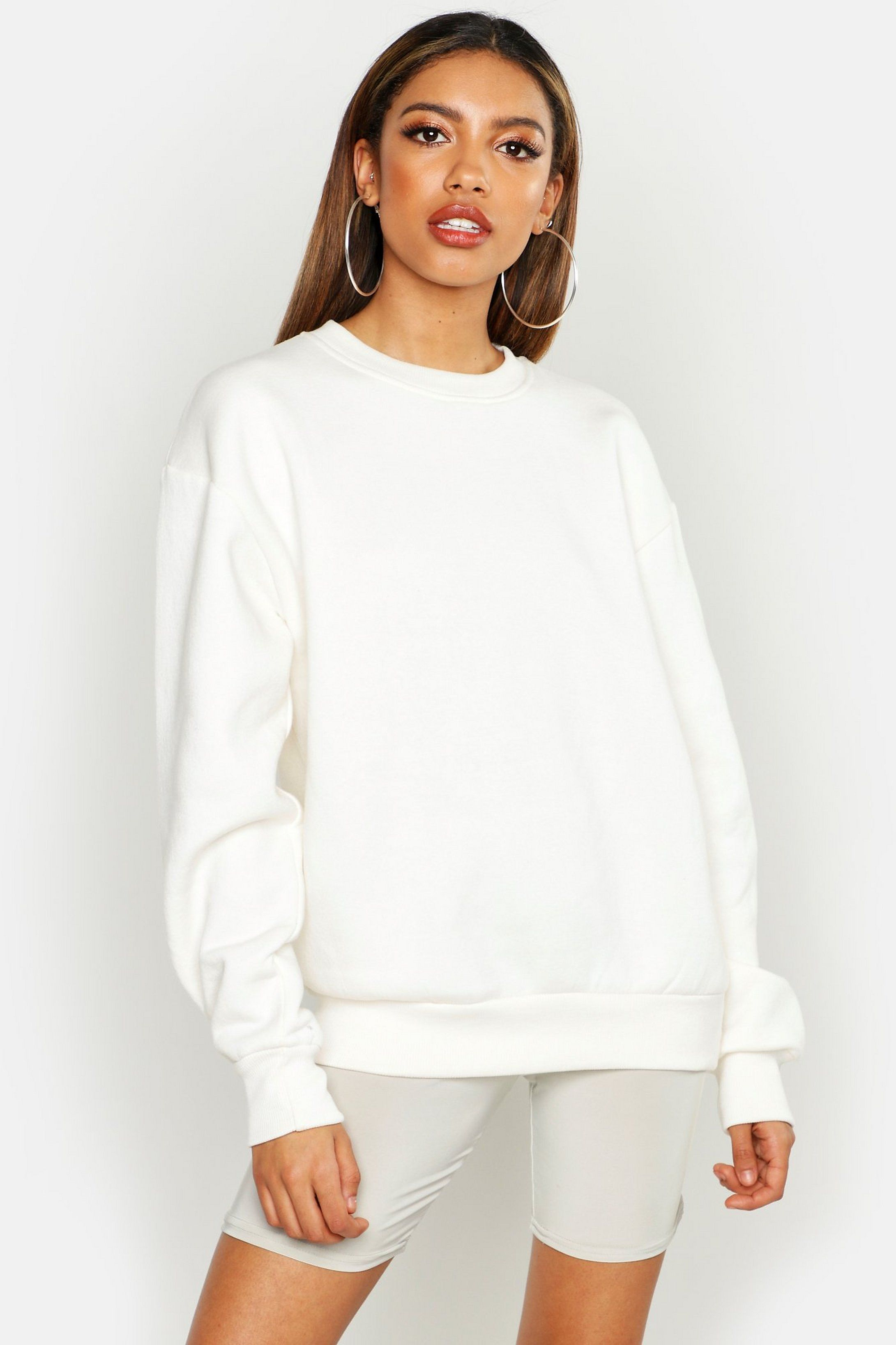 Basic Crew Neck Oversized Sweater Boohoo In 2021 White Sweatshirt Women Sweaters Oversized Sweaters [ 3273 x 2181 Pixel ]