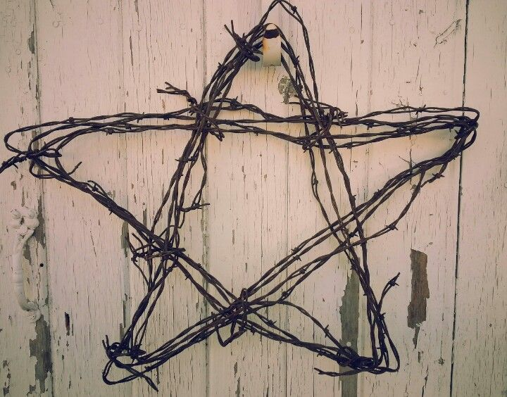 Rusty Rustic Barb Wire Star