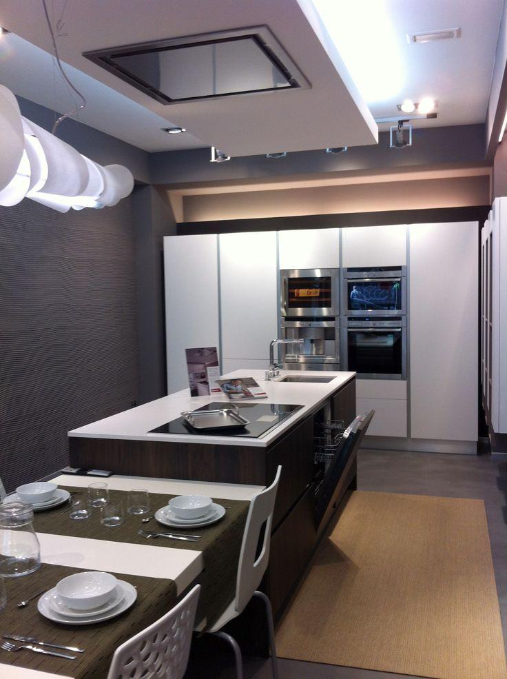Dise o de cocinas con electrodom sticos neff electrodom sticos neff pinterest - Cocinas completas con electrodomesticos ...