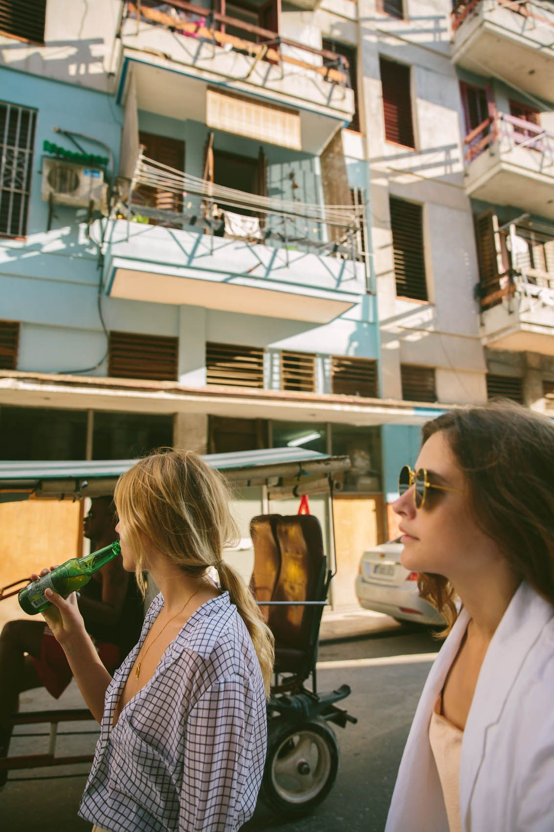 Cuba Do's & Don'ts For Babes Traveling To Havana is part of A Little Bit Of Cuba Dos - If you're headed down to the newlyaccessibletoAmericans, retro wonderland of Cuba, then you'll want to read these essential tips for firsttime visitors