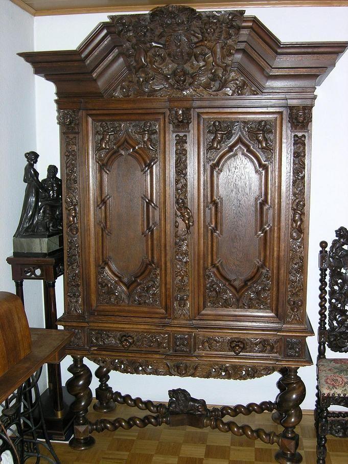 herrschaftlicher antiker schrank danziger barock eiche massiv antique dark woods 2. Black Bedroom Furniture Sets. Home Design Ideas