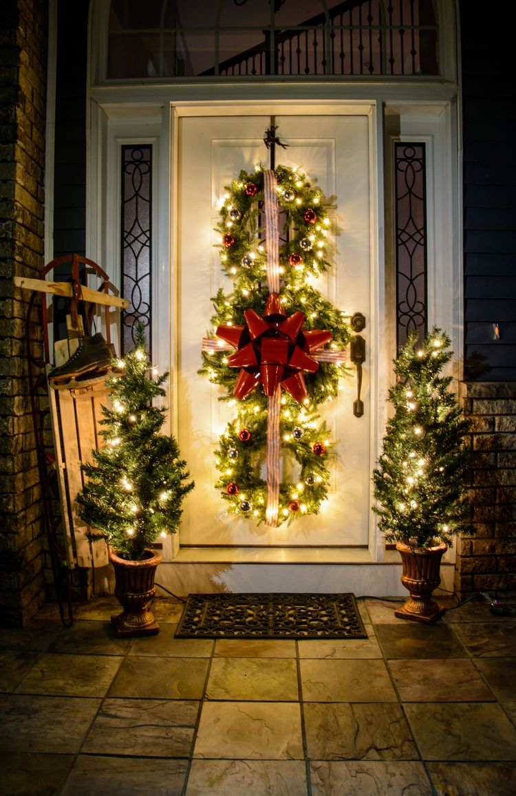christmas wreath trio great diy project for the holidays christmas porch outdoor christmas - New Outdoor Christmas Decorations For 2017