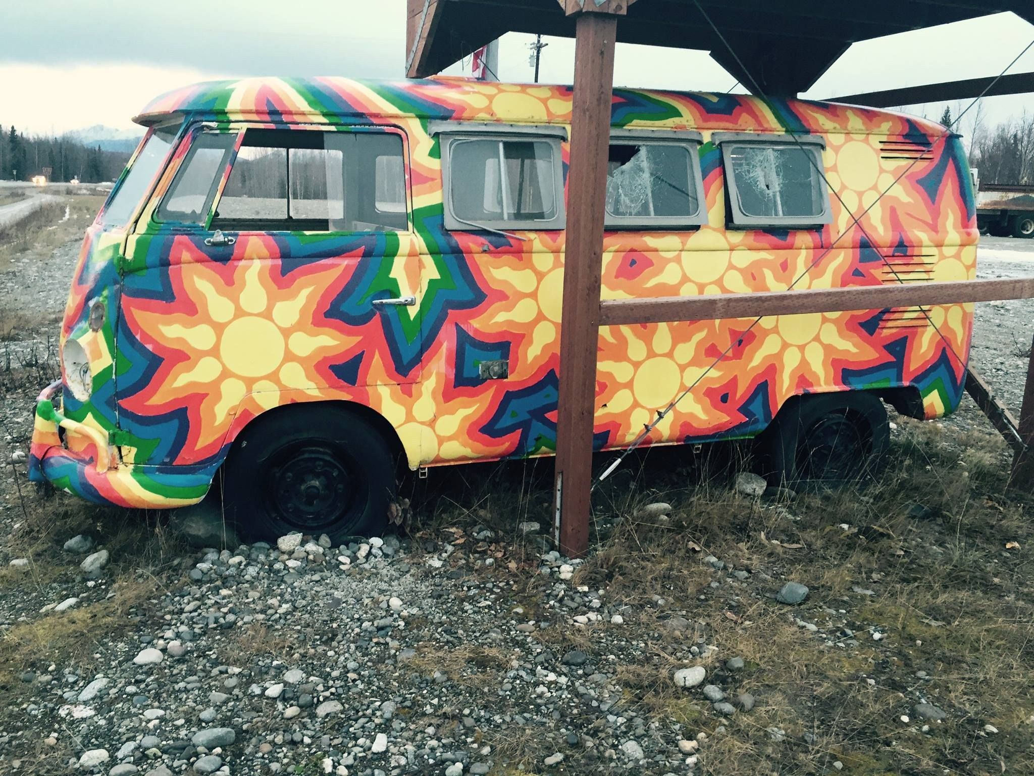 Vw Bus Junkies Classic Vw Bus Owners And Fans Timeline Vw Bus Volkswagen Bus Car Painting